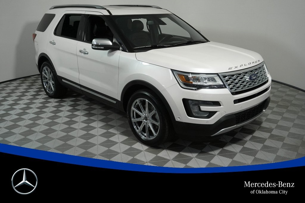 Pre-Owned 2017 Ford Explorer Platinum