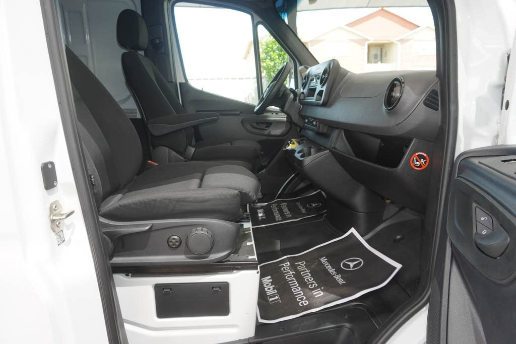 Pre-Owned 2019 Mercedes-Benz Sprinter Cargo Van